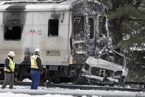150205-metro-north-crash-mn-1330_600bb5f3a6e7fe5d0d5a525a9a7b053c.nbcnews-fp-1200-800