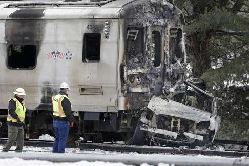 150205-metro-north-crash-mn-1330_600bb5f3a6e7fe5d0d5a525a9a7b053c.nbcnews-fp-1200-800