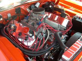 1971_Plymouth_Hemi_'Cuda_engine